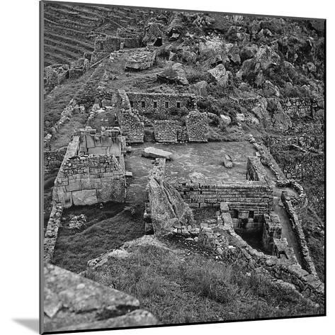 Ruins of the Lost City of the Incas Seen from Above, Machu Picchu, Peru-Pietro Ronchetti-Mounted Photographic Print