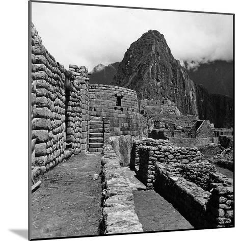 Ruins of the Houses of the Lost City of the Incas, and the Sun Temple, Machu Picchu, Peru-Pietro Ronchetti-Mounted Photographic Print