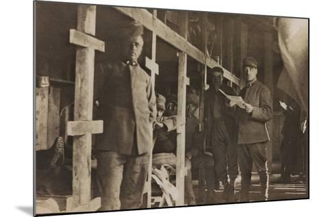 World War I: Italian Soldiers in a Barrack--Mounted Photographic Print