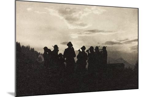 Visions of War 1915-1918: Band of Soldiers Alpine-Vincenzo Aragozzini-Mounted Photographic Print