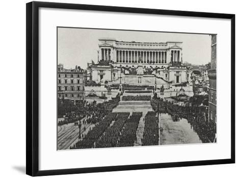 Visions of War 1915-1918: Celebrations at the End of the Great War-Vincenzo Aragozzini-Framed Art Print