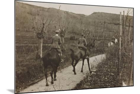 Campagna Di Guerra 1915-1916-1917-1918: Soldiers on Horseback--Mounted Photographic Print