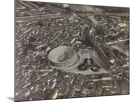 First World War: View of Verona with the Arena and the River Adige, Taken from a Blimp--Mounted Photographic Print