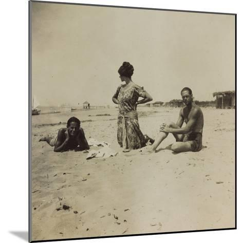 War Campaign 1917-1920: Group Photo on the Beach--Mounted Photographic Print