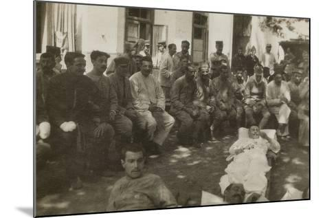 Group of Wounded Soldiers in a Military Hospital During the First World War--Mounted Photographic Print