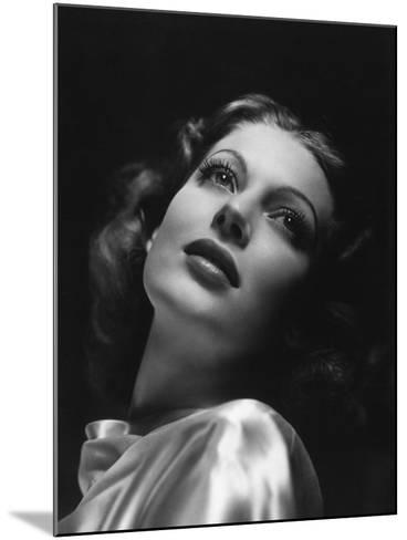 Loretta Young, 1941--Mounted Photographic Print