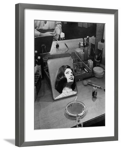 Le Couteau Dans La Plaie, 1962--Framed Art Print