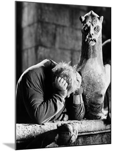 The Hunchback of Notre Dame, 1939--Mounted Photographic Print