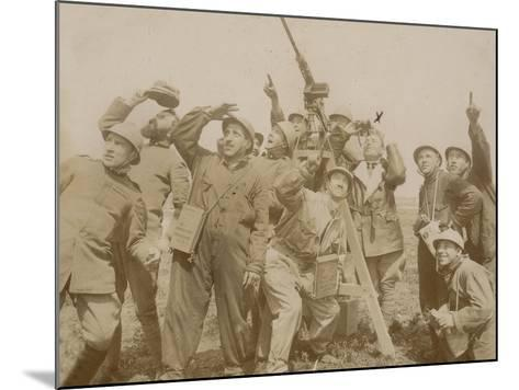Italian Army Soldiers with a Machine Gun Anti-Aircraft During the First World War, Castenedolo--Mounted Photographic Print
