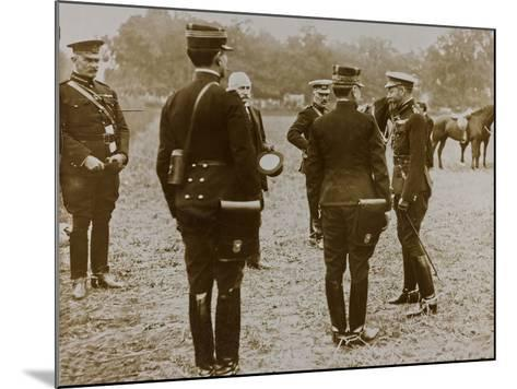 World War I: The British King George V (1865-1936) with a Group of French Officers--Mounted Photographic Print
