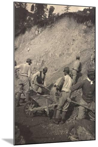 World War I: Italian Soldiers to Work for the Construction of a Shed--Mounted Photographic Print
