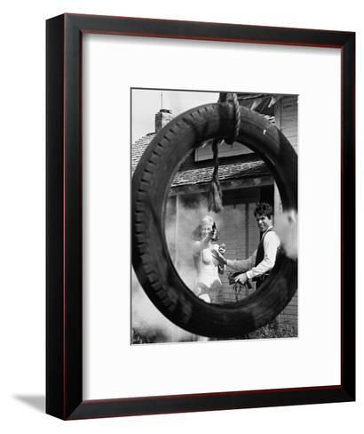 Bonnie and Clyde, 1967--Framed Art Print