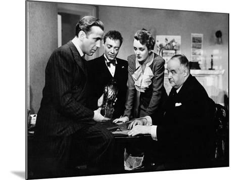 The Maltese Falcon, 1941--Mounted Photographic Print