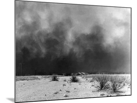 Drought: Dust Storm, 1936--Mounted Photographic Print