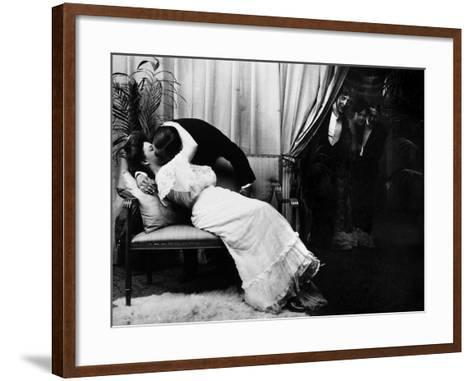 Kissing, C1900-Fritz W. Guerin-Framed Art Print