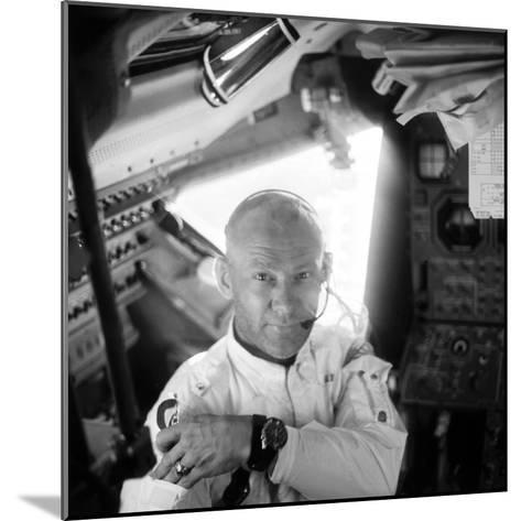 Edwin 'Buzz' Aldrin (1930-)-Neil Armstrong-Mounted Photographic Print