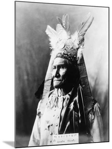 Geronimo (1829-1909)-Warren Mack Oliver-Mounted Photographic Print