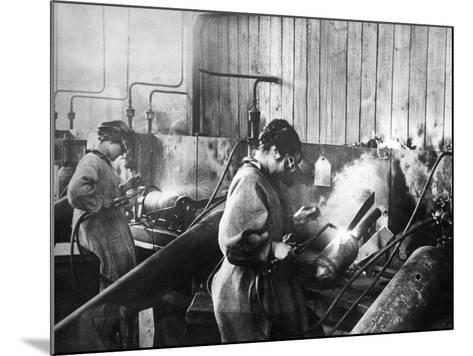 World War I: Women Workers--Mounted Photographic Print