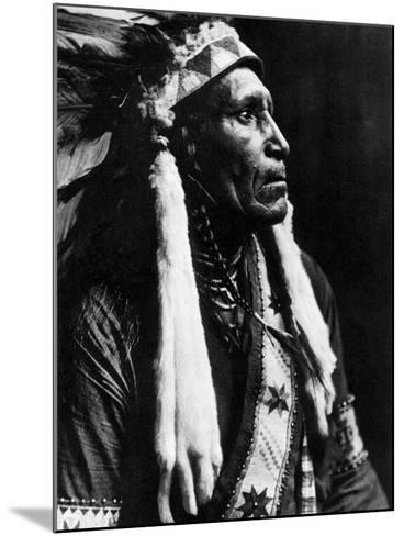 Curtis: Raven Blanket, 1910-Edward S^ Curtis-Mounted Photographic Print