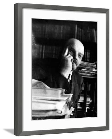 Vladimir Lenin (1870-1924)--Framed Art Print