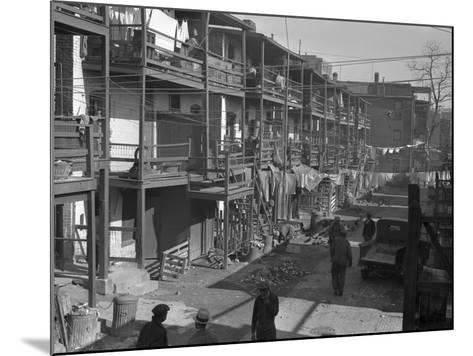 Washington Slum, 1935-Carl Mydans-Mounted Photographic Print