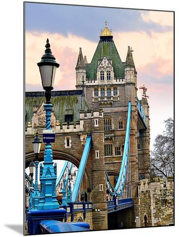 Tower Bridge-Anna Siena-Mounted Photographic Print