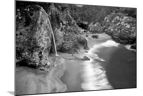 Serenity Spot-Dennis Frates-Mounted Photographic Print