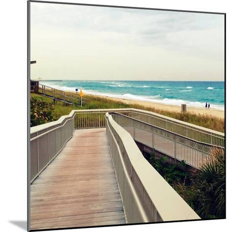 Ocean Front Park-Lisa Hill Saghini-Mounted Photographic Print