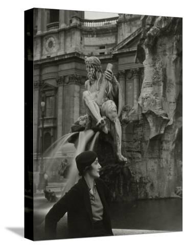 Vogue - June 1933-George Hoyningen-Huen?-Stretched Canvas Print