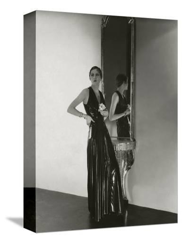 Vogue - October 1932-George Hoyningen-Huen?-Stretched Canvas Print