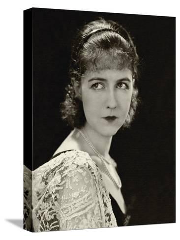 Vanity Fair - November 1928-George Hoyningen-Huen?-Stretched Canvas Print