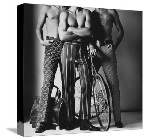 GQ - November 1971-Ken Haak-Stretched Canvas Print