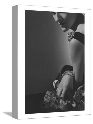 Vogue - February 1935 - The Comtesse de La Falaise in Cartier Jewelery-Horst P. Horst-Stretched Canvas Print