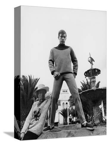 GQ - October 1967-Leonard Nones-Stretched Canvas Print