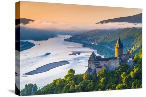 Germany, Rhineland Palatinate, Bacharach, Burg Stahleck (Stahleck Castle), River Rhine-Alan Copson-Stretched Canvas Print