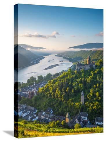 Germany, Rhineland Palatinate, Bacharach and Burg Stahleck (Stahleck Castle), River Rhine-Alan Copson-Stretched Canvas Print