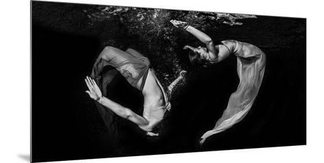Grace Underwater-Ken Kiefer-Mounted Photographic Print