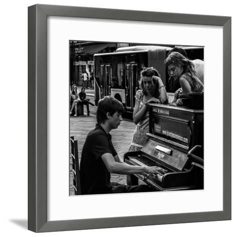 Jouez-Vitaliy-Framed Art Print