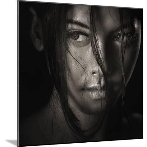 The Look-Ivan Lee-Mounted Photographic Print