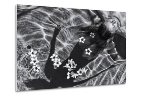 Frangipani Tree-Gloria Salgado Gispert-Metal Print