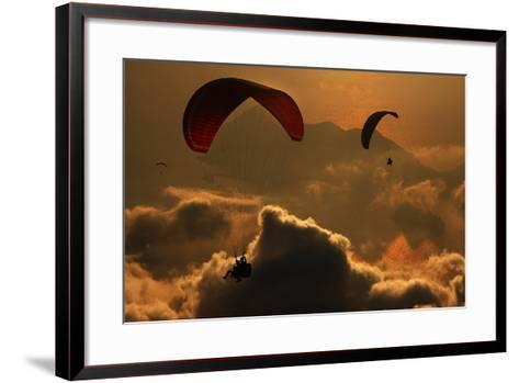 Paragliding-Yavuz Sariyildiz-Framed Art Print