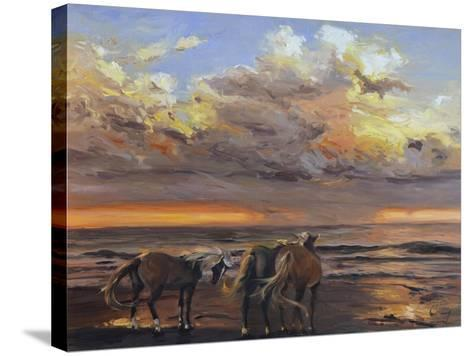 Three's a Crowd-Chuck Larivey-Stretched Canvas Print