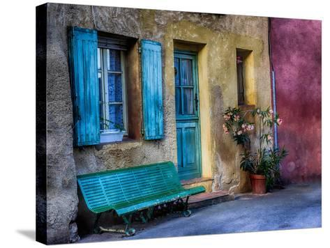 France, Provence, Roussillon, Colorful House in Roussillon-Terry Eggers-Stretched Canvas Print