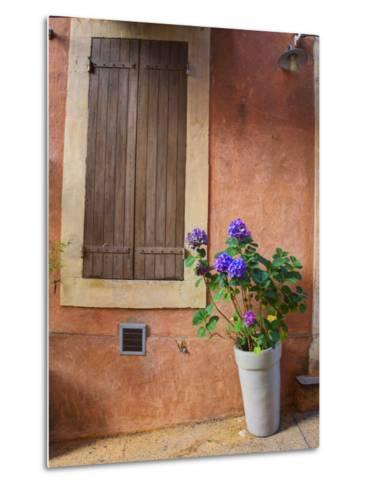 France, Provence, Roussillon, Town Scene of Colorful French Hillside Town-Terry Eggers-Metal Print