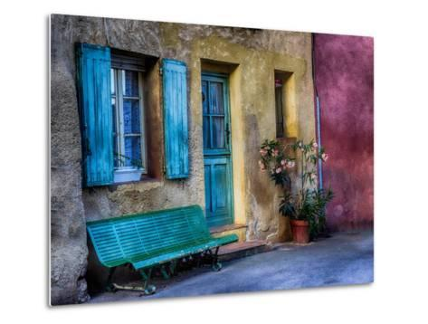 France, Provence, Roussillon, Colorful House in Roussillon-Terry Eggers-Metal Print