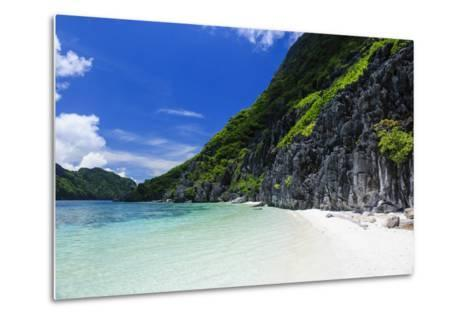 Little White Sand Beach in the Clear Waters of the Bacuit Archipelago, Palawan, Philippines-Michael Runkel-Metal Print