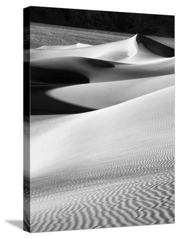 USA, California, Death Valley National Park, Morning Sun Hits Mesquite Flat Dunes-Ann Collins-Stretched Canvas Print