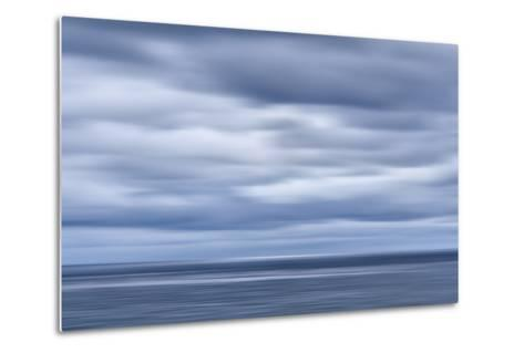 USA, California, San Diego, View of Blurred Clouds over Pacific Ocean-Ann Collins-Metal Print