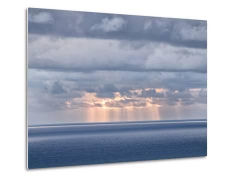 USA, California, San Diego. Sun's Rays Break Through Clouds over Pacific Ocean-Ann Collins-Metal Print