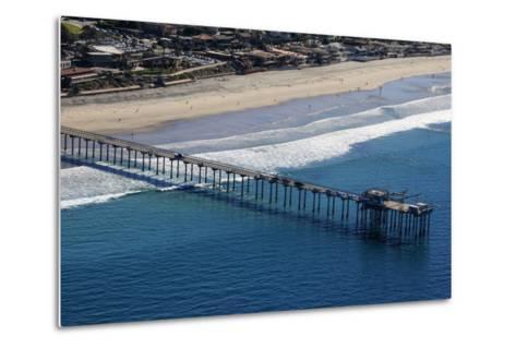 USA, California, San Diego. Scripps Pier, La Jolla Shores-Kymri Wilt-Metal Print